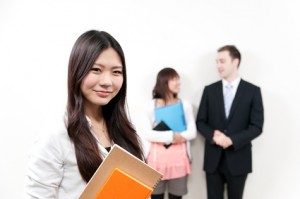 海外留学で英語を勉強する人