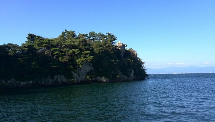 ボートから撮影した多景島