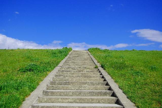空に続く階段